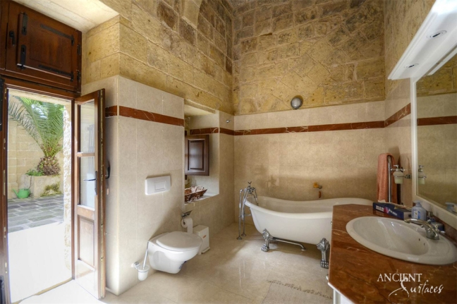 antique-limestone-flooring-floors-bathroom