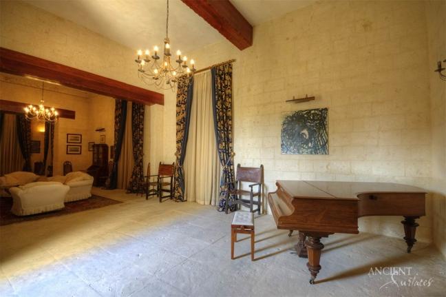 antique-limestone-wall-cladding-limestone-flooring