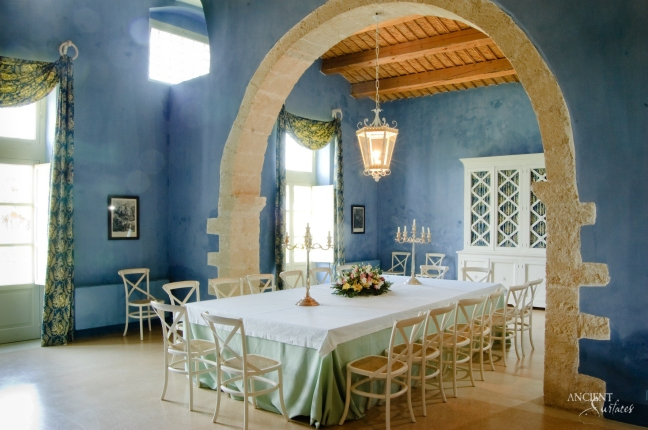 italian-dining-room-antique